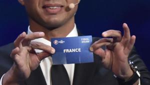 Tirage au sort de l'Euro 2016, 12 décembre 2015, palais des Congrès de Paris.