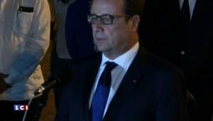 """Hollande est arrivé à Cuba avec """"beaucoup d'émotion"""""""