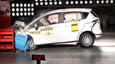 Ford B-Max 2012 Crash-test EuroNCAP