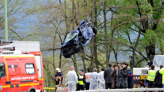 L'accident a eu lieu sur la voie rapide de Chambéry impliquant cinq véhicules et un poids lourd