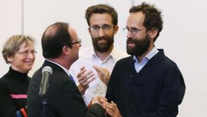L'ex-otage Tanguy Moulin-Fournier accueilli, avec sa famille par François Hollande, le 20 avril 2013.