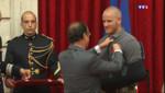 Le 20 heures du 24 août 2015 : Thalys : quatre « héros » devenus chevaliers de la Légion d'honneur - 711