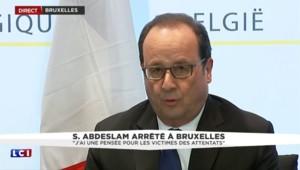 """François Hollande : """"J'ai une pensée pour les victimes des attentats"""""""