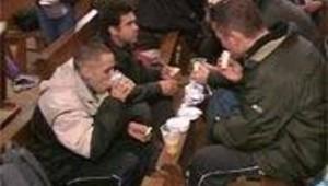 refugies repas calais (archives)