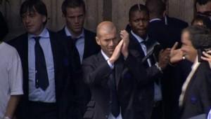 TF1/LCI : Zidane au balcon de l'hôtel Crillon