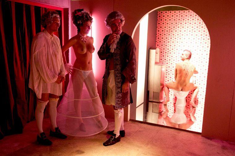 Hard Saison 2. Série créée par Cathy Verney en 2008. Avec : Natacha Lindinger, Francois Vincentelli, Michèle Moretti