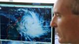 L'île de La Réunion placée en alerte cyclonique orange, deux compagnies retardent leurs vols