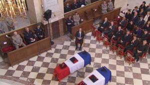 Hommage national aux Français tués en Afghanistan : François Hollande et Nicolas Sarkozy lors de la cérémonie aux Invalides (14 juin 2012)