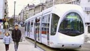 Le tramway revient sur le pavé Lyonnais