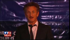 Le président haïtien rend hommage à Sean Penn