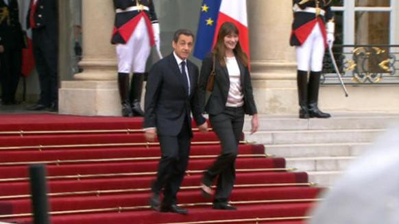 Nicolas Sarkozy et Carla Bruni quittent l'Elysée. Le 12 mai 2012.