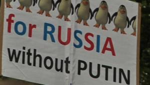 Une banderole anti Vladimir Poutine lors d'une manifestation dans la capitale russe Moscou, le 15 septembre 2012.