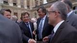 Porte ouverte à la mairie de Bordeaux pour Juppé