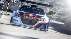 La Peugeot 208 T16 Pikes Peak en essais au Mont Ventoux le 14 mai 2013, avec Sbastien Loeb au volant.