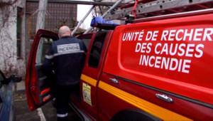 Les Pompiers mènent l'enquête