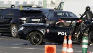 """""""Le véhicule des fonctionnaires a été totalement enfoncé par l'arrière"""", a décrit le procureur de Paris après le drame survenu jeudi matin sur le périphérique parisien."""