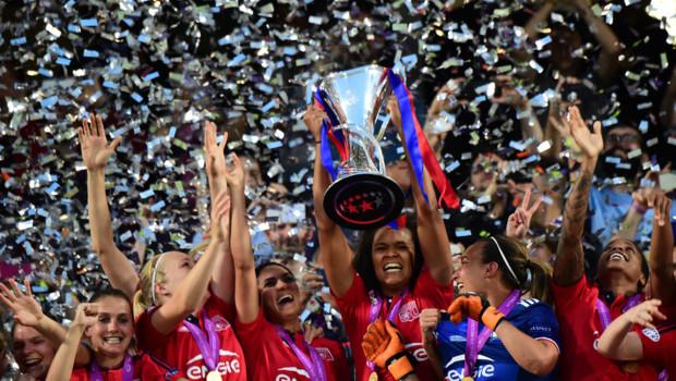 Les féminines de l'OL ont décroché leur troisième Ligue des champions en battant les Allemandes de Wolfsburg le 26 mai 2016 à Reggio Emilia (4-3; 1-1 a.p).