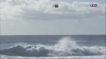 Un surfeur attaqué par un requin à la Réunion, le ton monte
