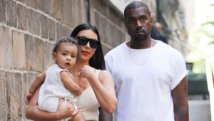 Kim Kardashian et Kanye West avec leur fille North.