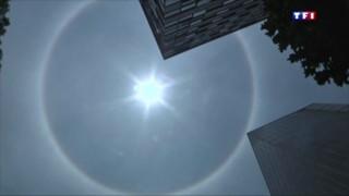 Un halo solaire spectaculaire dans le ciel de Mexico