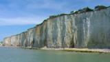Dieppe : une falaise s'effondre, un pêcheur à pied recherché
