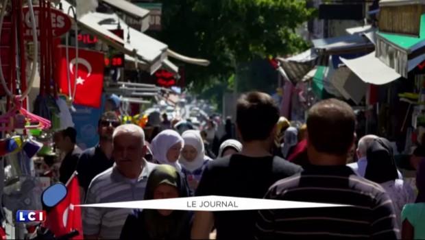 Turquie : plus de 10.000 personnes en garde à vue après le coup d'État manqué