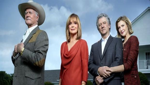 Dallas (2011) - Saison 1 - Promo. Série créée par Cynthia Cidre en 2011. Avec : Josh Henderson, Jesse Metcalfe, Julie Gonzalo et Jordana Brewster