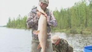 Vladimir Poutine à la pêche.