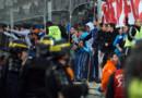 Les CRS sont intervenus au pied d'une tribune du stade Vélodrome, les supporters menaçant d'envahir la pelouse, vendredi 18 mars 2016