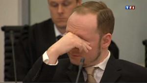 Procès du massacre d'Utoya : les larmes d'Anders Breivik