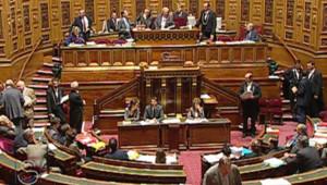 Sénat vote réforme institutions