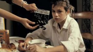 Charlotte Gainsbourg dans le film l'Effrontée