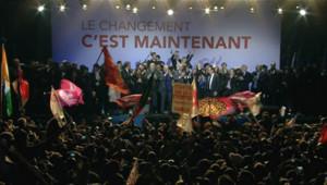 Les drapeaux rouges et étrangers sur la place de la Bastille le 6 mai 2012