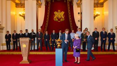 Rugby : Elizabeth II donne une réception pendant la Coupe du monde, 12/10/2015