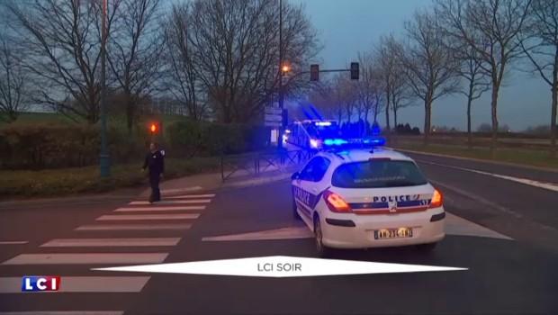 Disneyland Paris : un homme arrêté avec deux armes, sa femme court toujours