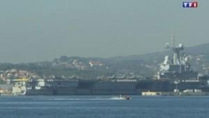 Attentats : Charles de Gaulle quitte la rade de Toulon