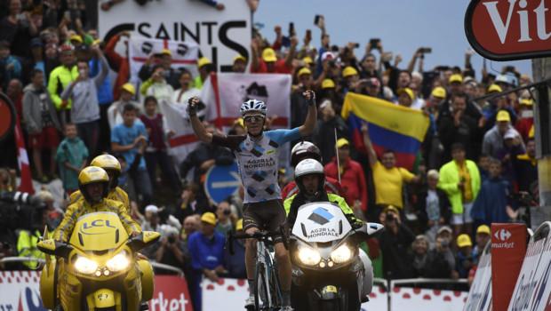 Romain Bardet remporte la 19e étape de ce Tour de France 2016.