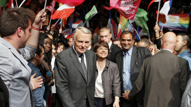 Jean-Marc Ayrault et Martine Aubry en meeting  Lille, le 7 juin 2012.