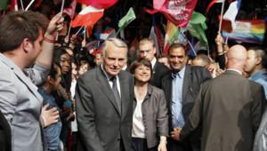 Jean-Marc Ayrault et Martine Aubry en meeting à Lille, le 7 juin 2012.