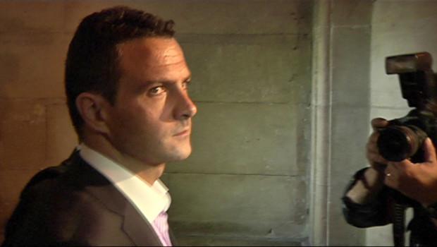 Arrivée de jérôme Kerviel au tribunal le 9 juin 2010