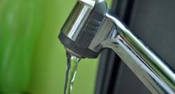 Eau-robinet-maison-consommation d'eau- Facture d'eau. Image d'illustration.