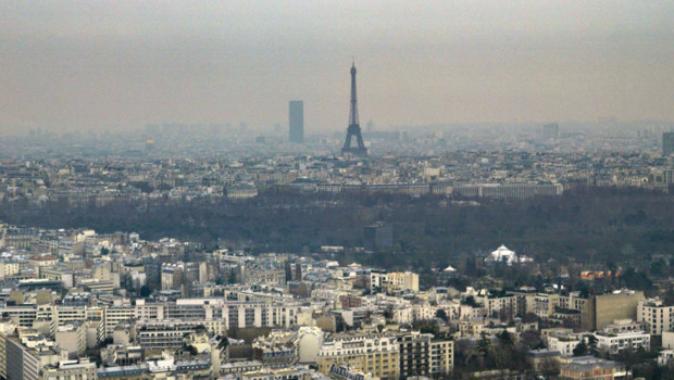 pollution air parif paris tour eiffel particules fines