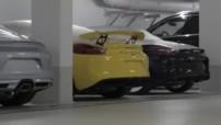 Possible fuite de la Porsche Cayman GT4, dans une vidéo officielle sur la restauration du châssis 75 de la 911 première génération.