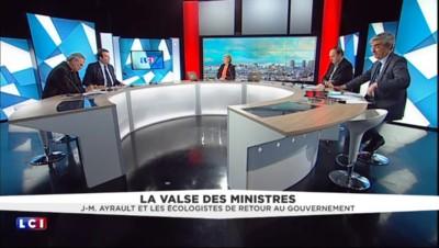 """Remaniement : """"Les écolos au gouvernement, cela a été un drame absolu"""" dit le député Solère"""