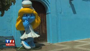 Andalousie : un village tout bleu en hommage aux Schtroumpfs