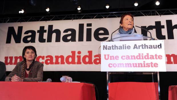 Arlette Laguiller, ex-porte-parole de Lutte ouvrière, lors d'un meeting de LO à Montreuil (3 février 2012)