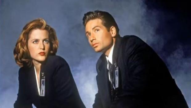 Mulder et Scully dans la série X-Files.