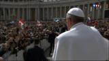 """Lobby gay au Vatican ? """"C'est vrai"""", affirme le pape François"""