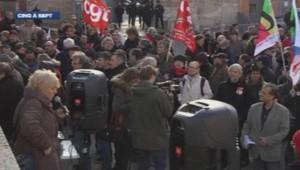 Les salariés du transporteur Mory-Ducros dans la rue.