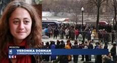 Obsèques de Boris Nemtsov : une file d'attente interminable avance vers la dépouille